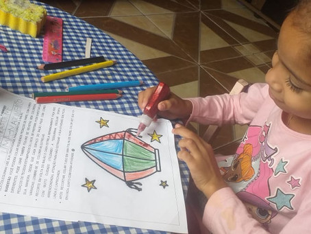 Kits pedagógicos encantam famílias dos estudantes matriculados no projeto Creche Casulo da ASCL