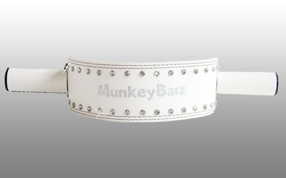 MunkeyBarz sex belt - white3.png