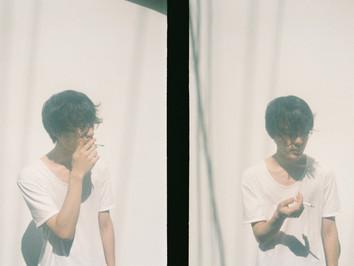 曾於 D.A.N 作品中大放異彩的御用樂手——「篠崎奏平」以個人名義「FLATPLAY」發表新作 EP『Slightedge』。