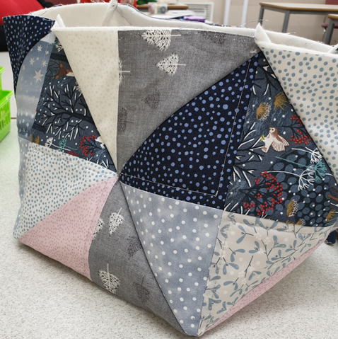 Traingle Square Bag Christmas 2019