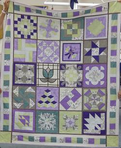 Mauve QAYGO quilt