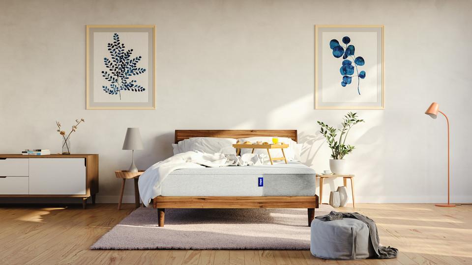test-room-v2.1-messy-blanket.jpg
