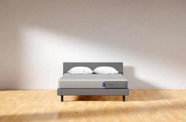 snug plain room-xl.jpg