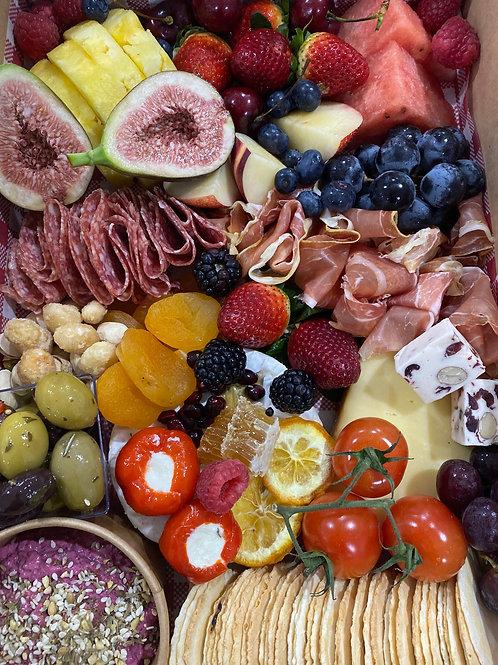 HALF GRAZE HALF FRUIT