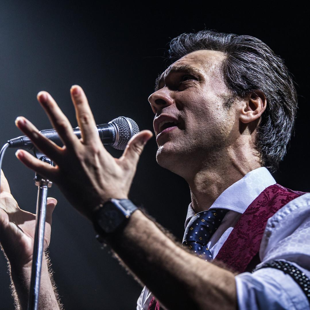 """Mario Beney canta """"Getsemaní"""""""