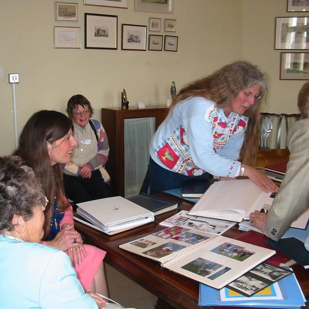 2002- L-R - Barbara Hunt Milbourn, (her driver, not OG), u/k at the back, Anne Cummins (Leviseur), Mrs Leslie.