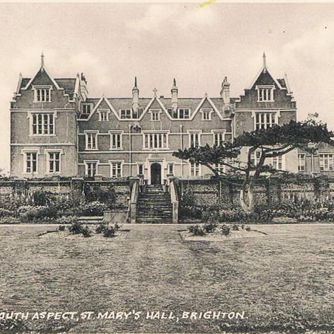 Old SMH postcard.jpeg