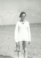 Kindly supplied by Jane Wharton (Alsop) - Head Girl Phillida Bennett on the beach