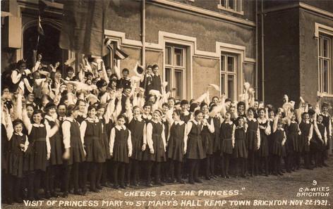 Cheers for a Princess, 22 November 1921