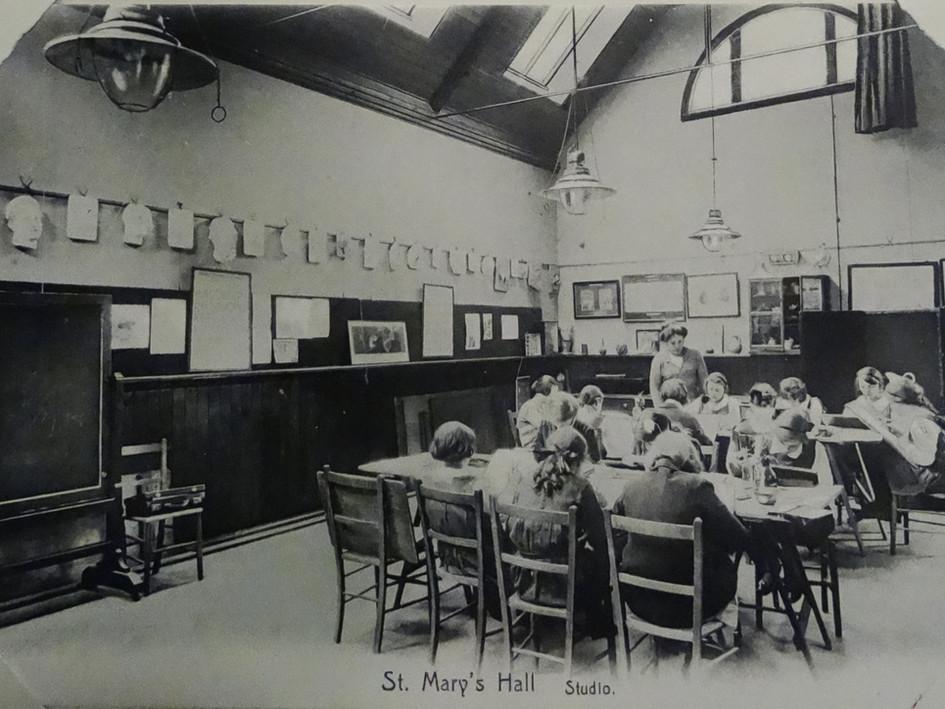 Studio c1907