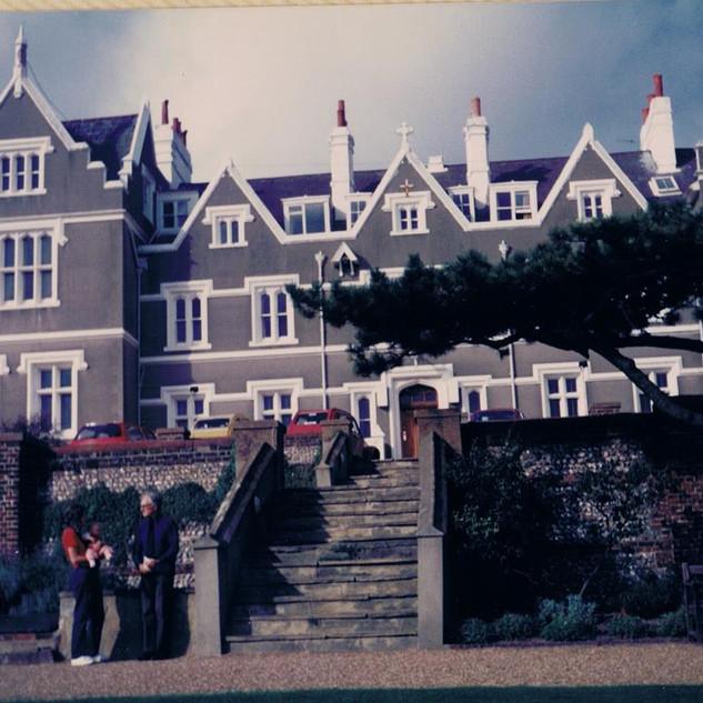 September, 1987 when Pam & Shirley Read-Jahn visit SMH