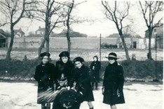 Jane Alsop, Jane Usher, Frances Moojen (others unknown) in the snow, 1956-7 - kindly supplied by Jane Wharton (Alsop).