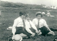 Jane Alsop, Terry Newertham and Jacky Reason: 1961 on the Downs - kindly supplied by Jane Wharton (Alsop)
