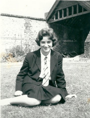 Liz Philpin 1960 - kindly supplied by Jane Wharton (Alsop)