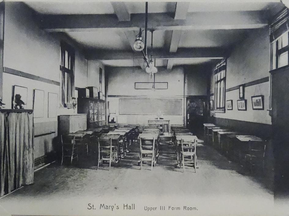 Upper III Form Room c1907