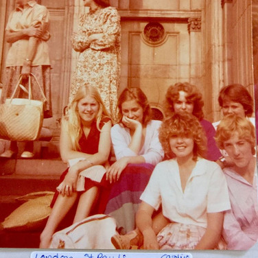 Susan Boyle and friends.jpg