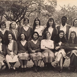 GCSE 1990 - Alison Coates, Cecily Moore, Rebecca Roberts, Emma Henderson-Kemp, Alice Armstrong, Mojoyin Dekalu, Daisy Balogh, Pegeen Armstrong, front row: Natalie Bloom, ?, Rosa Suffolk, Kathi Yin, Catherine Hall, Beth Dumonteil, Andrea (can't remember) and Julie Hay.