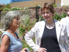 L-R Julia Dunnicliffe (Bagshaw), Diana Markham