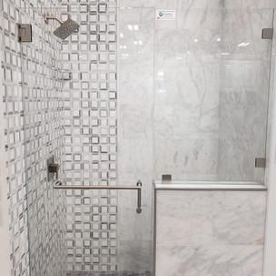 bathrom3.jpeg