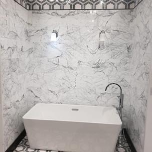 bathrom.jpeg