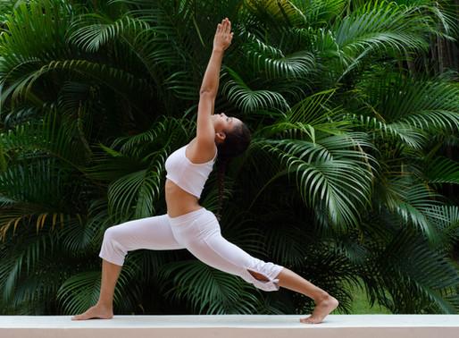 Por que fazemos postura no Yoga?