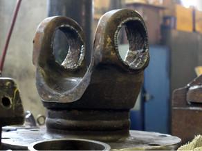 Восстановление крестовины карданной передачи шредера Lindemann