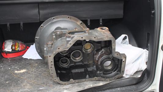 Чугунная коробка передач до ремонта
