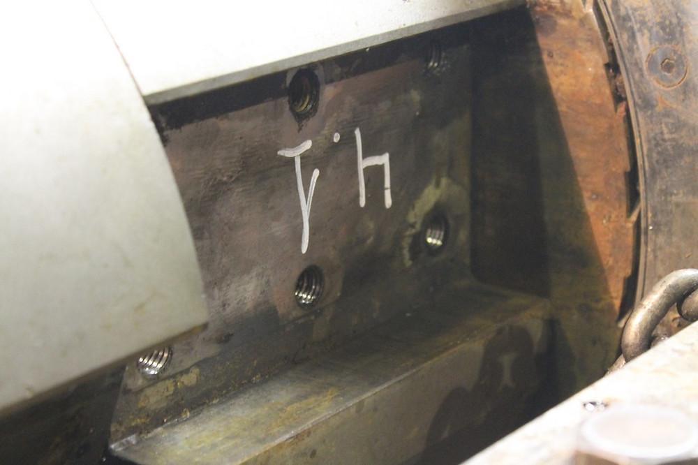 Восстановление резьбы крепления бил роторной дробилки