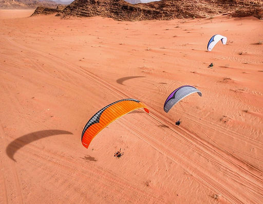 Paramotoing in Wadi Rum