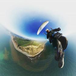 Enjoying a day of #flying my #freshbreezeparamotor #ppg #viper3 #flyozone #samsunggear360 #samsung #