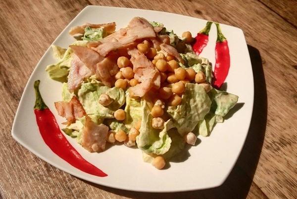 Salat s cizrnou