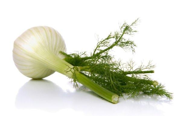 Zdravý ovocný salát s fenyklem recept