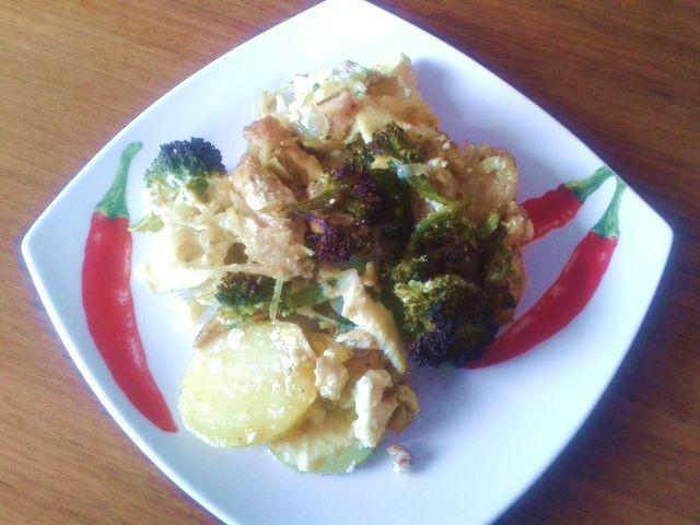 Brokolice zapečená s kuřecím masem