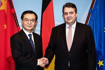 Hucheng Gao und Sigmar Gabriel
