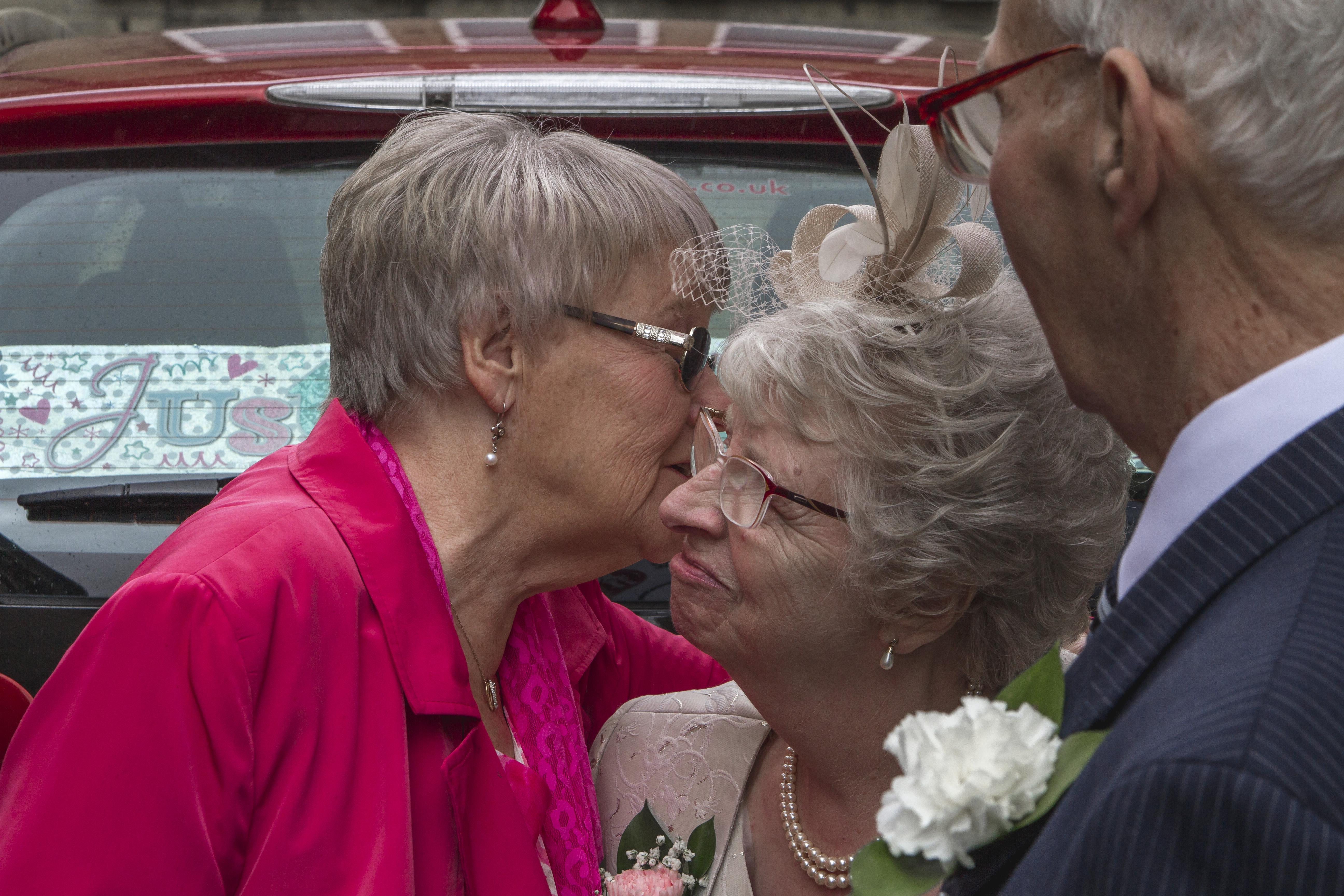 Dorothy and Geoffrey Wedding-111