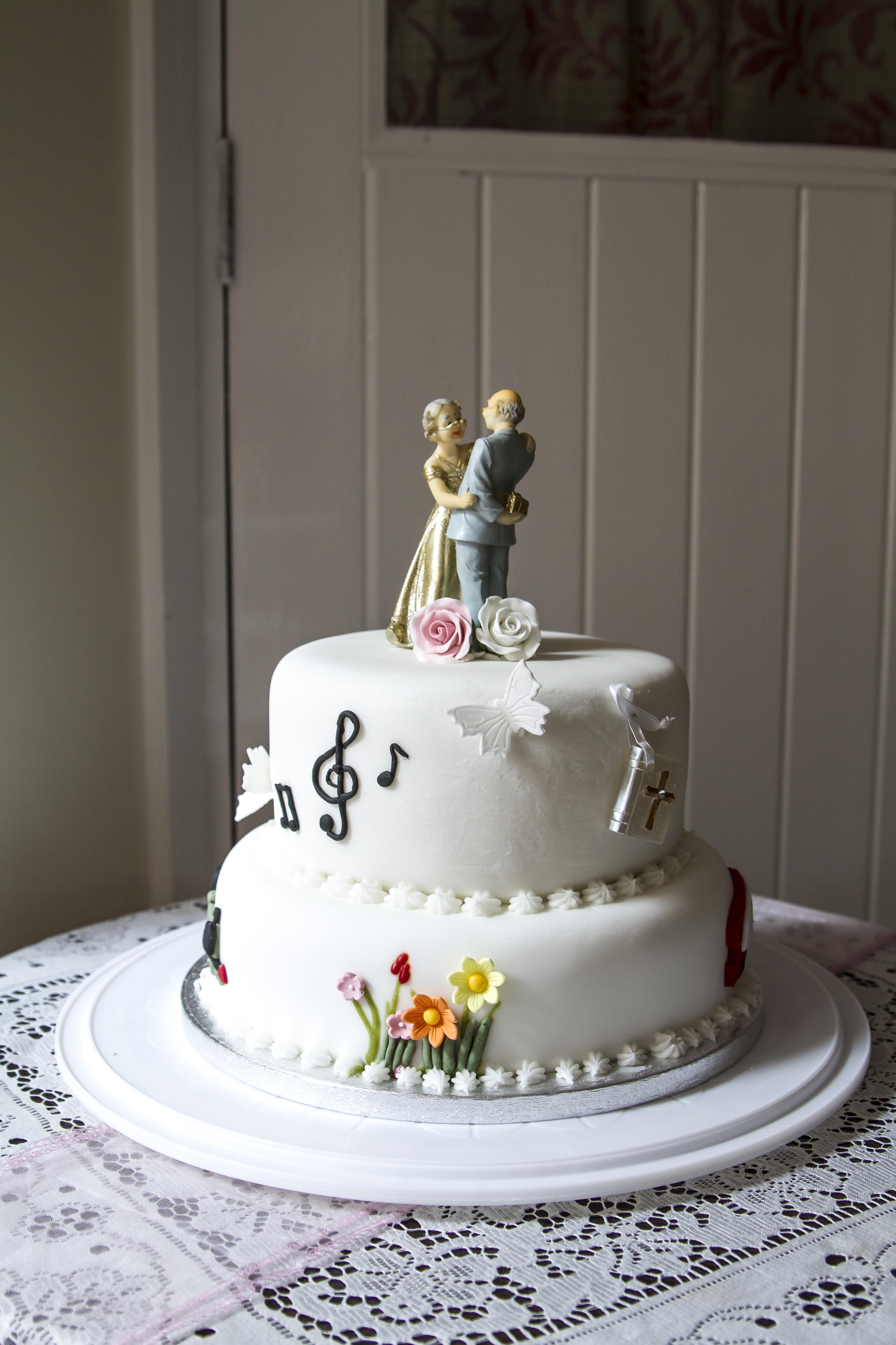 Dorothy and Geoffrey Wedding-119