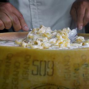 Ruota di Parmigiano