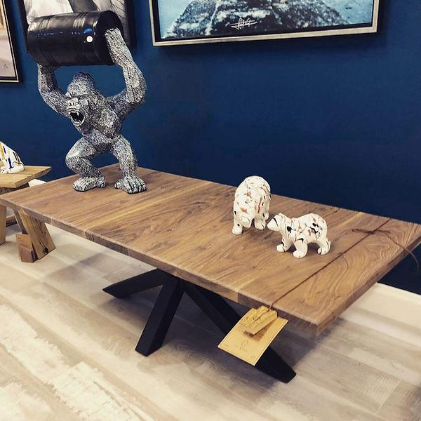 table_de_salon_noyer_pied_noir.JPG