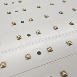 Led UV su pcb in alluminio