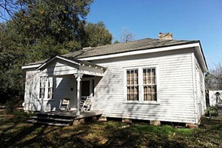 The Historic Farmhouse at Boggy Creek Fa