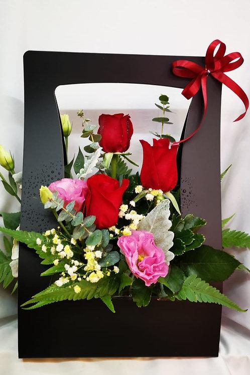 ROSES IN DE BOX