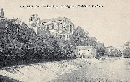Lavaur - Rives de l'agout et cathedrale