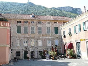Finalborgo-palazzo1.jpg