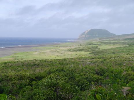 硫黄島を訪ねて
