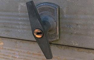 garage door lock handle