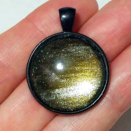 Gree Sparkling Black Pendant with Cord Necklace