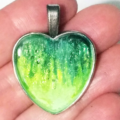 Green Shimmering Heart Shaped Necklace Pendant with Chain