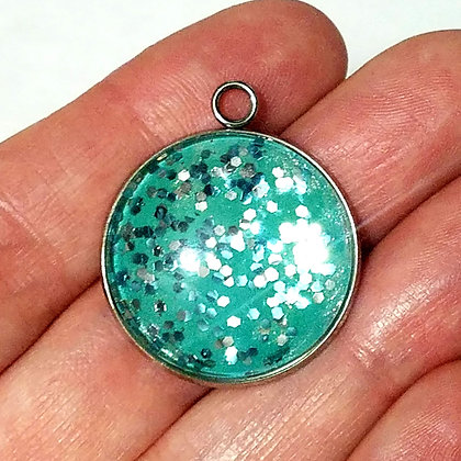 Green Round Necklace Pendant with Chain