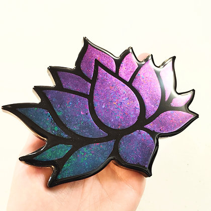 Colorshifting Iridescent Resin Lotus Coaster