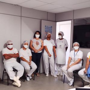 Colaboradores do Cambuí Supermercados recebem orientação em razão da pandemia de covid-19